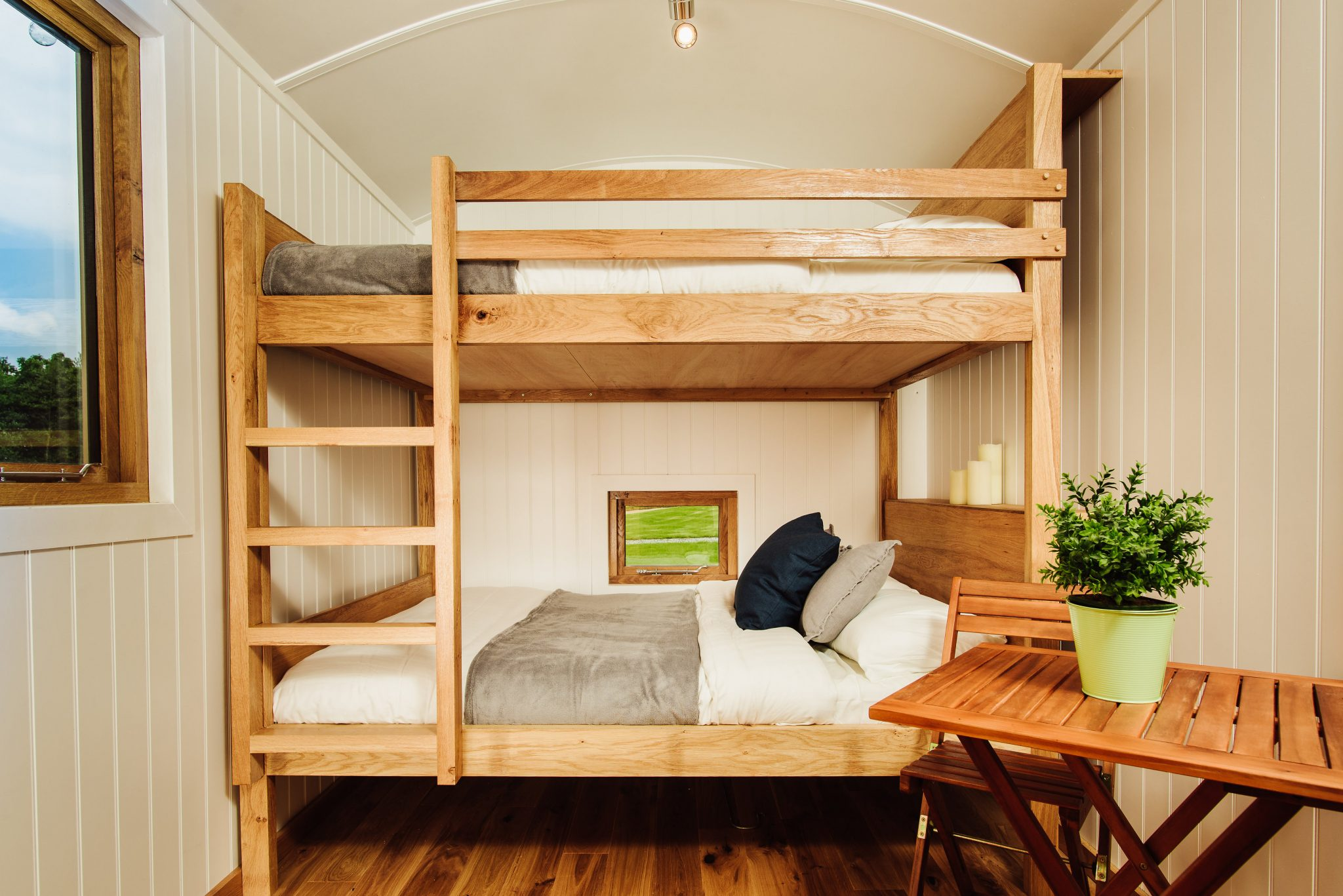 Shepherds Huts solid oak bunk beds